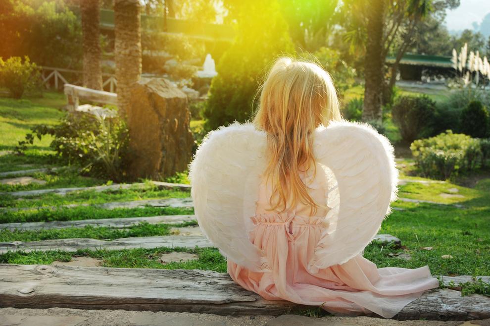 iječnica Elizabeth Kübler-Ross: U svojoj sam se karijeri susrela i sa slučajevima kada su djeca objavila roditeljima da će ubrzo umrijeti, jer im je tako rekao anđeo