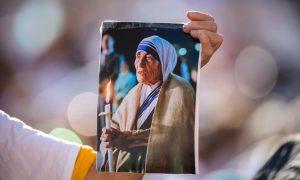 Nakon što je njezinom suprugu dijagnosticiran tumor na mozgu, molila se je Majci Tereziji – ozdravljenje je opisano kao 'znanstveno neobjašnjivo'
