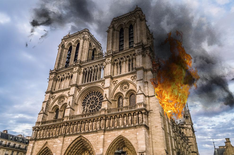 Prva sveta misa u katedrali Notre-Dame nakon požara