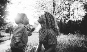 Mnoge se majke pitaju kako poštovati svoga sina, evo što o tome kaže dr. Emerson Eggerichs