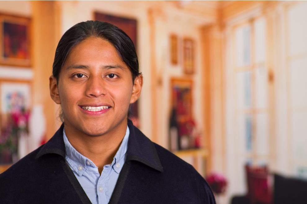 Vic: Indijanac u matičnom uredu