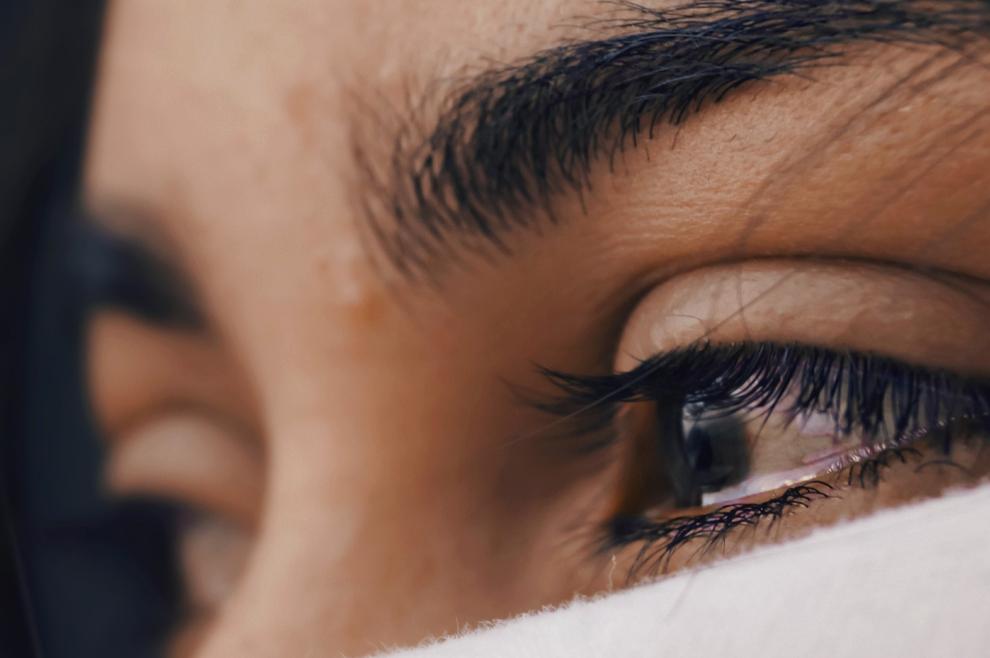 Osjećaj unutarnje praznine: Zašto nastaje i što učiniti kada se pojavi