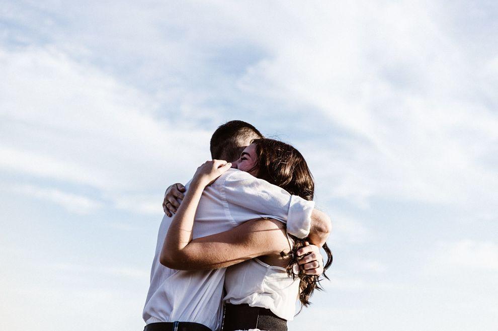 Što muškarce (najčešće) sprječava da se približe svojoj ženi