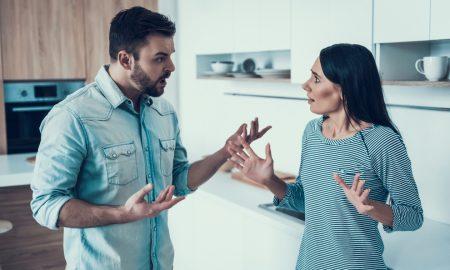 Za većinu parova svađe se gomilaju i uskoro ste samo jednu svađu.