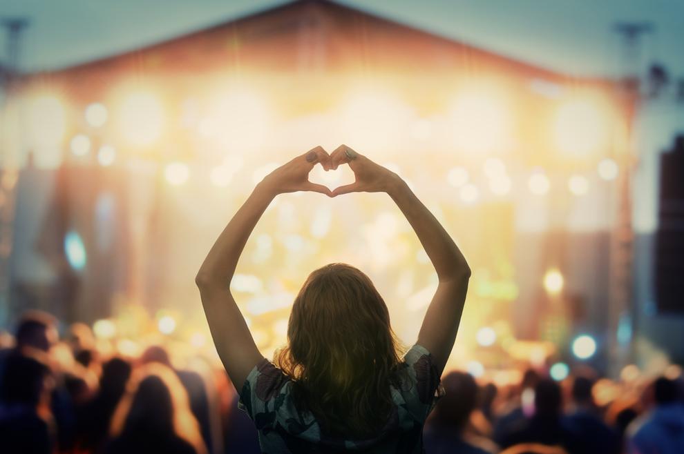Radost ide pod ruku s nadom da će Božja ljubav osvojiti srca svih ljudi.