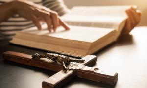 """KAKO MOLITI 3 načina na koja upućujemo naše ljudske molitve i kako """"moliti bez prestanka"""""""