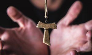 O. Lorenzo: Mnogi se katolici klanjaju Bogu kojeg ne poznaju