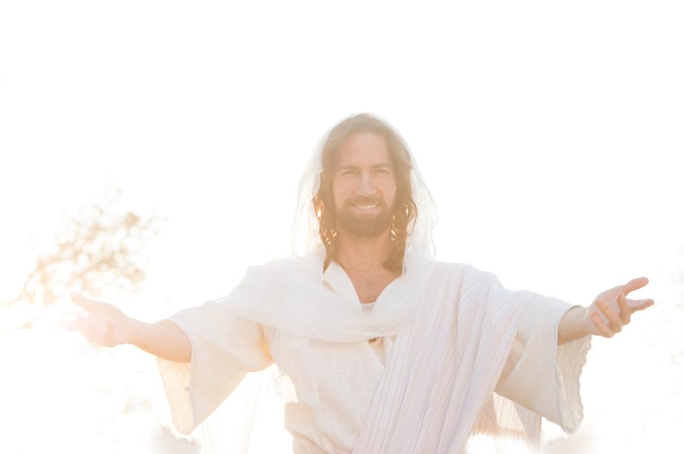ISUS JE ŽIV Raduj se i slijedi me cijelim srcem kamo god te ja vodio