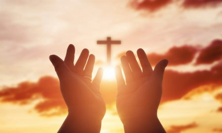 Uoči blagdana Duhova (II): Milimetar do Boga