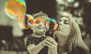Kada strah upravlja majkom, ona ima poriv kontrolirati stvari