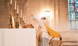 VIDEO Ozdravljenje kroz Svetu misu!