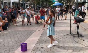 VIDEO Djevojčica na violini izvela Hallelujah i oduševila prolaznike