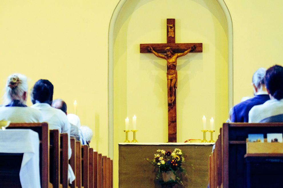 Nedjeljna su jutra, za kršćansku obitelj, jedna od potencijalno najopasnijih emocionalnih ratišta