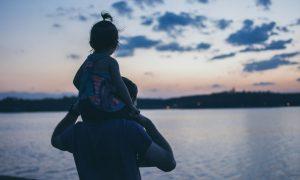 Kad učite svoju kćer da živi, naučite je ovako...