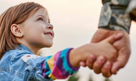 Što je veteran američke vojske i motivacijski govornik naučio o odgoju kćeri
