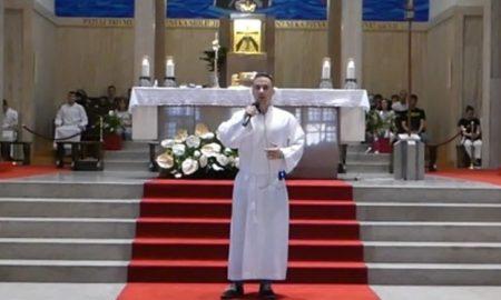 VIDEO Iskreno svjedočanstvo na Duhovno duhovitim večerima: Spavao sam s tuđim ženama, a onda me je Bog spasio