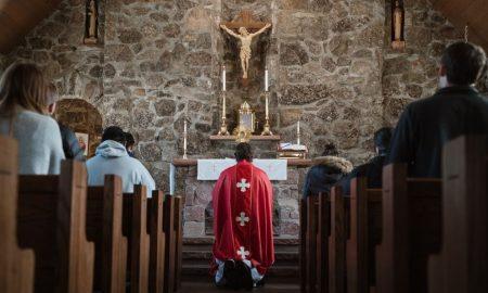 demoni se mogu skriti i na mjestu molitve