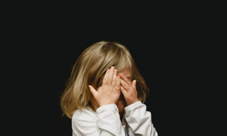 Što kad se dijete baca po podu trgovine, plačući jer nije dobilo što želi? Pogledajte reakciju ovog oca