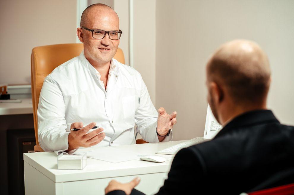 Kako prepoznati je li mi potrebna pomoć psihoterapeuta kako bih se oslobodio/la okova prošlosti?
