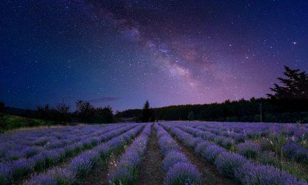VIDEO Naš je Bog Kralj nad Zemljom i nad čitavim svemirom sja!