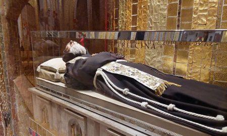 Po zagovoru Padra Pija nestali su bolovi u zdjelici